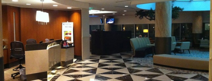 American Airlines Admirals Club is one of Lugares favoritos de Aptraveler.