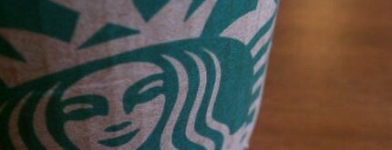 Starbucks is one of Amy 님이 좋아한 장소.