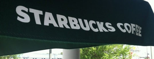 Starbucks is one of Lieux qui ont plu à Latonia.