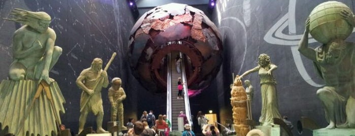 Natural History Museum is one of Best of World Edition part 1.