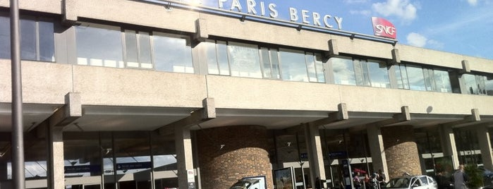 Gare SNCF de Paris Bercy Bourgogne – Pays d'Auvergne is one of Mujdatさんのお気に入りスポット.