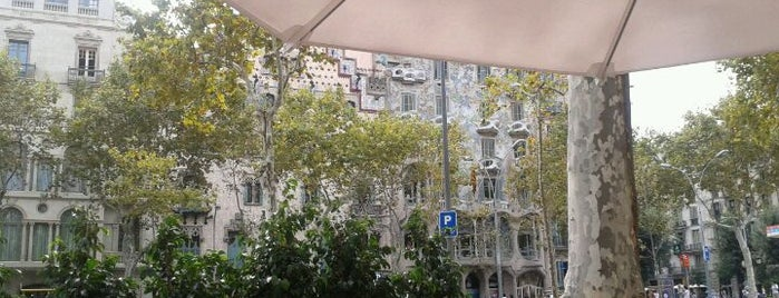 Passeig de Gràcia is one of Top places to visit in Eixample derecho, Barcelona.