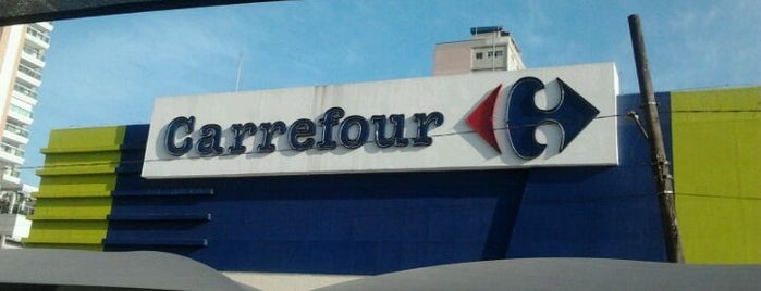 Carrefour is one of Locais curtidos por Joao.