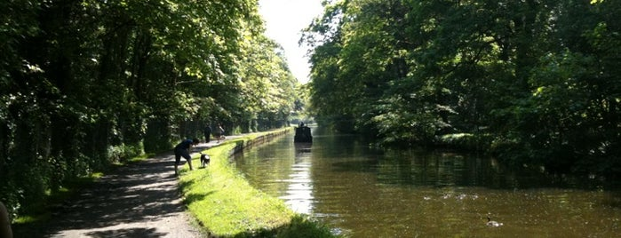 Leeds - Liverpool Canal is one of Canal Places UK.