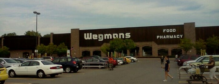 Wegmans is one of Brandon 님이 저장한 장소.