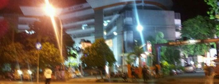 Lapangan Hoki Dharmawangsa is one of Characteristic of Surabaya.