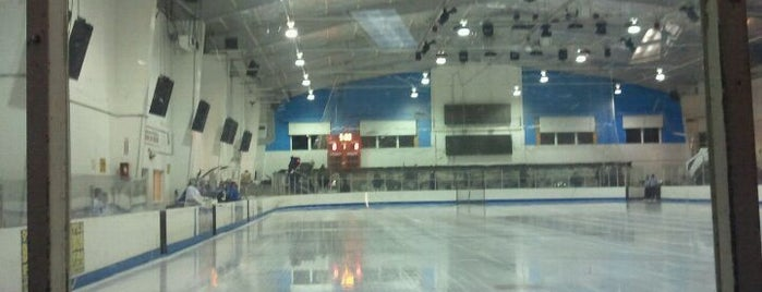 Ice Palace is one of Oahu: The Gathering Place.