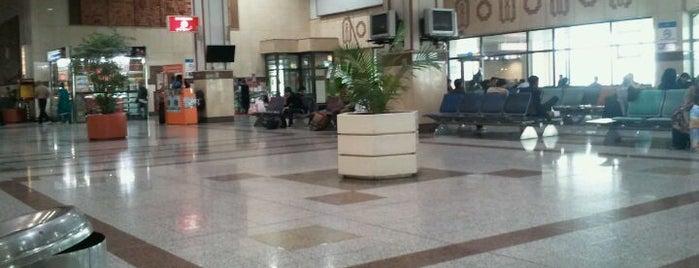 International Departure Hall - بین الاقوامی روانگی is one of Locais curtidos por Pure ❤️.