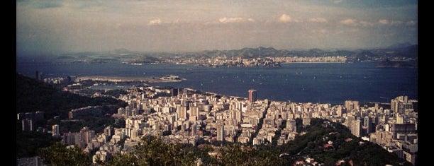 Christ Rédempteur is one of 10  lugares para apreciar a paisagem do Rio.