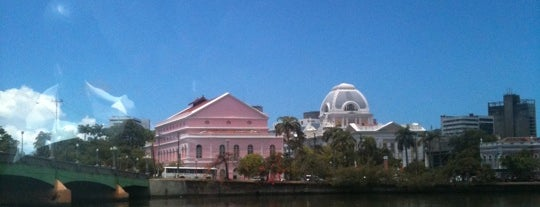 Teatro de Santa Isabel is one of Locais Favoritos em Recife.