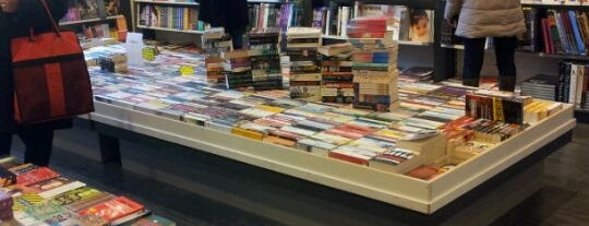 New English Bookstore is one of Amsterdam (NL).
