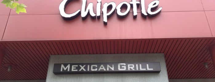 Chipotle Mexican Grill is one of Kyle 님이 좋아한 장소.