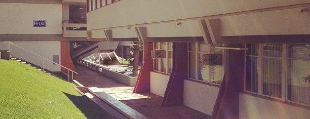 Centro de Linguagem e Comunicação (CLC) is one of Puc Campinas.