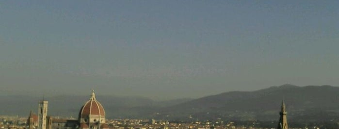 Piazzale Michelangelo is one of Good Time.