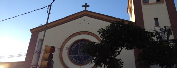 Igreja São Sebastião is one of Tempat yang Disukai Daniele.