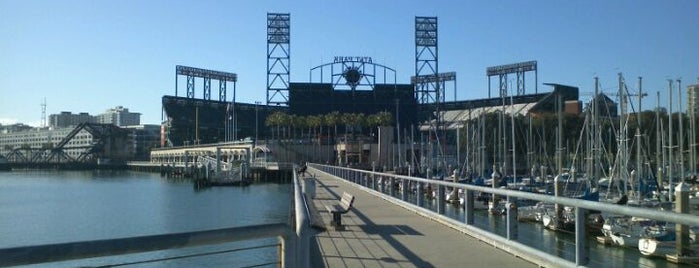 SF Giants Fishing Pier is one of Robさんのお気に入りスポット.