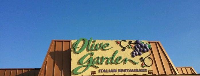 Olive Garden is one of Orte, die Derrick gefallen.