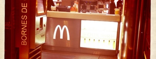 McDonald's is one of Orte, die Alain gefallen.