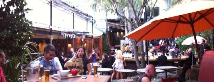 Southern Cross Garden Bar Restaurant is one of Drew 님이 저장한 장소.