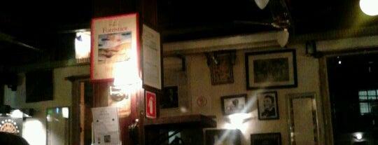 Finnegan's Pub is one of Barzinhos e Pubs.