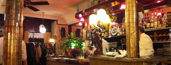 La Poule Au Pot is one of Late dinner in Paris.