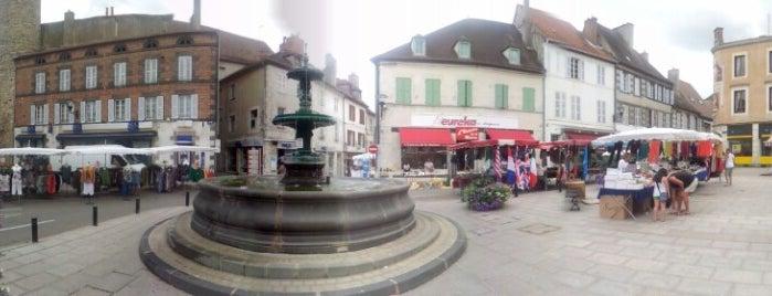 Saint-Pourçain-sur-Sioule is one of Les étapes du Tour de France 2013.