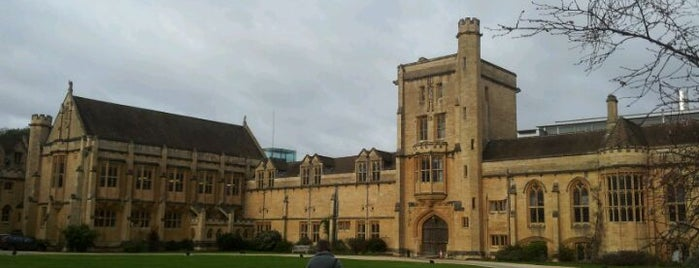Mansfield College is one of London Favorites.