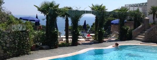 Hotel La Floridiana is one of Melina'nın Beğendiği Mekanlar.