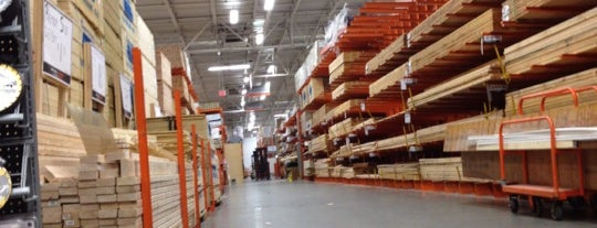 The Home Depot is one of Locais curtidos por Wailana.