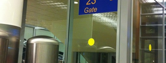 Выход 23 / Gate 23 (D) is one of США ПЕРЕЛЕТ.
