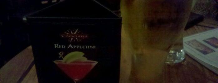 Elephant Bar is one of Thousand Oaks/Moorpark/Simi Valley dinner & drinks.