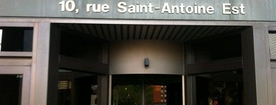 Palais de justice de Montréal is one of Tempat yang Disukai Rodrigo.