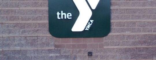 YMCA is one of Orte, die Lisa gefallen.