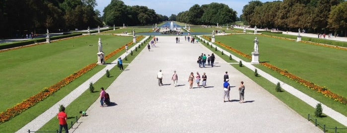ニンフェンベルク宮殿庭園 is one of Munich - Haidhausen, Max-, Isar- & Ludwigvorstadt.