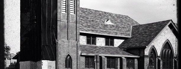 Sacred Heart RC Church is one of สถานที่ที่ Lizzie ถูกใจ.