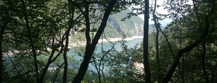 Lago del Mis is one of i diari della Lambretta.