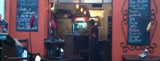 Café Galería André Breton is one of Café + Desayunos.