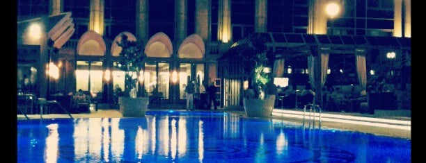 Four Seasons Hotel Cairo at First Residence is one of Cairo القاهره.