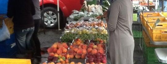 Dunedin Saturday Farmer's Market is one of Tempat yang Disukai Griffin.