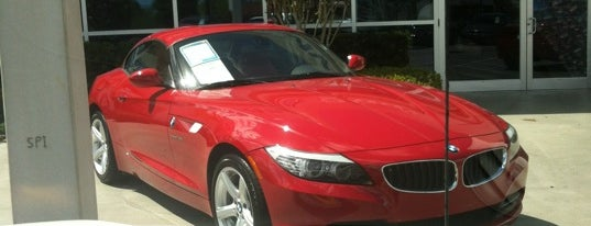 Fields BMW of South Orlando is one of Lieux qui ont plu à Andrii.