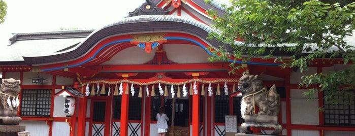 玉造稲荷神社 is one of Orte, die Saejima gefallen.
