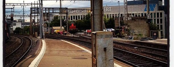 Bahnhof Oerlikon is one of schon gemacht 2.