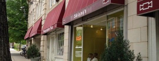 Skippy's is one of Darnell'in Kaydettiği Mekanlar.