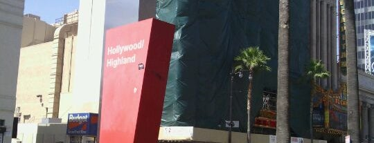 Metro Rail - Hollywood/Highland Station (Red) is one of Lugares guardados de MISSLISA.