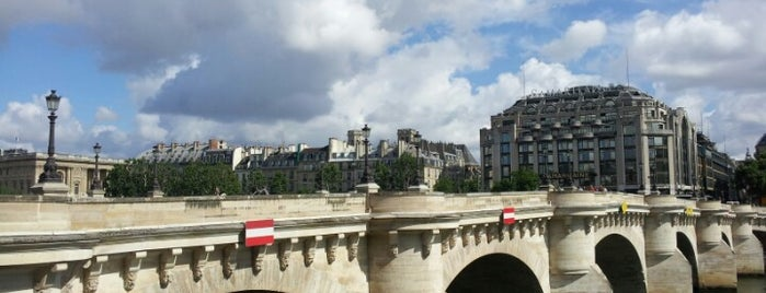 Pont Neuf is one of Les spots les plus agréables de Paris.