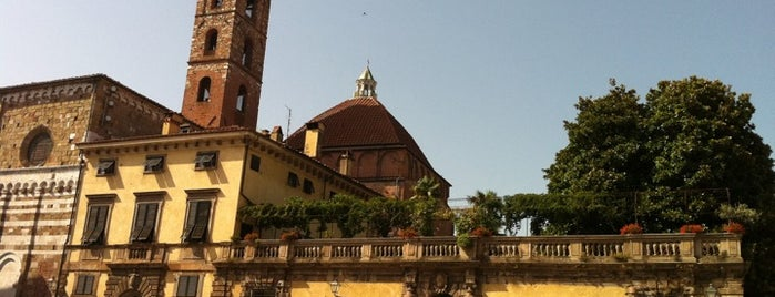 Piazza S. Martino is one of Lucca Bars, Cafes, Food, POI.