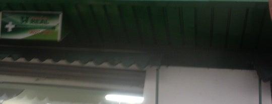 Farmacia Real is one of Lugares favoritos de Marcos.