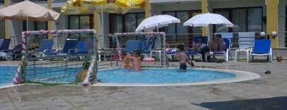 Gümüldür Resort Hotel is one of Otel.