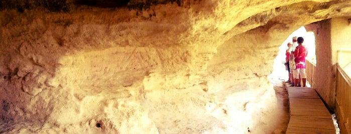 Аладжа Манастир (Aladzha Rock Monastery) is one of Boris'in Beğendiği Mekanlar.