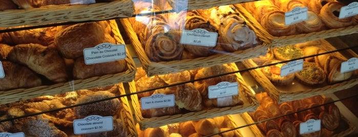 Delices de France is one of Lugares favoritos de Alcione.